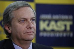 Partido politico Unidos por la Fe proclama a José Antonio Kast como su carta presidencial