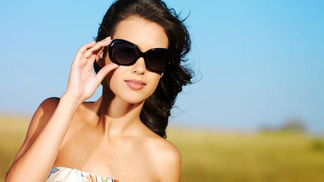 Usar lentes de sol es tan necesario como utilizar protector solar. Los  rayos ultravioleta son cada vez más intensos db8aa9773ddc