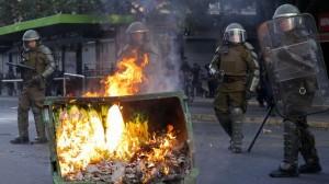 Disturbios-Santiago-Chile_LPRIMA20191018_0070_27