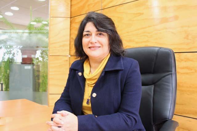 Dra. Marcela Lara (directora Escuela Educación de la UVM)